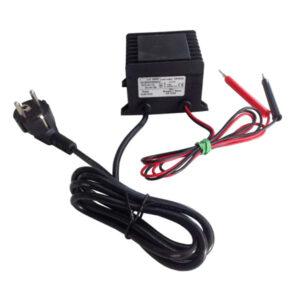 Transformador eléctrico para pegar fácilmente las láminas de cera en los cuadros.